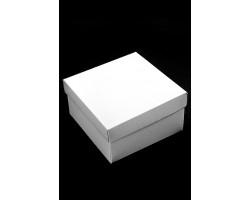 Коробка белая 136/00 квадрат 15*15*8см